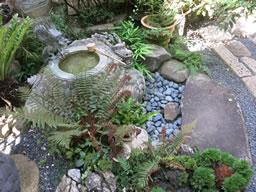 水琴窟(すいきんくつ)、奥河内の興禅寺に響く ♪♪